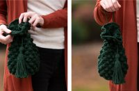 Bobble Stitch Crochet Bag [FREE Crochet Pattern] | thecrochetfox.com