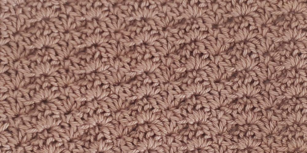 Close Scallops Stitch [FREE Crochet Stitch Pattern] | thecrochetfox.com