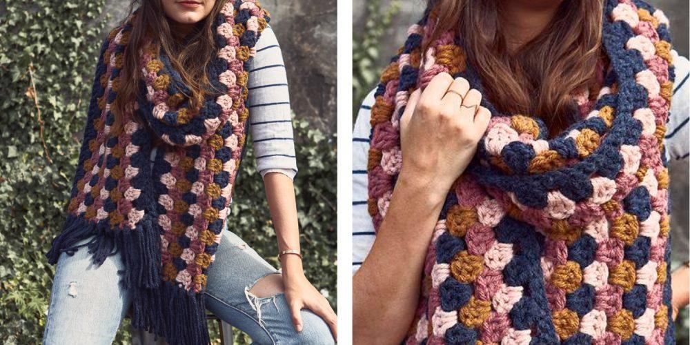 Crocheted Color Pop Super Scarf [FREE Crochet Pattern] | thecrochetfox.com