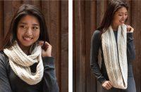 Crochet Cozy Infinity Scarf [FREE Crochet Pattern] | thecrochetfox.com