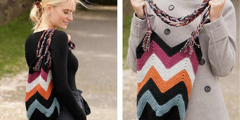 Crocheted Beach Bonfire Bag [FREE Crochet Pattern] | thecrochetfox.com
