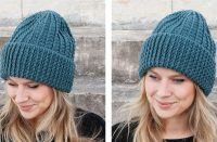 Crocheted Deep December Fjords Hat [FREE Crochet Pattern] | thecrochetfox.com