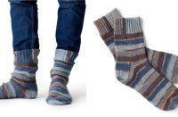 Family Crochet Socks [FREE Crochet Pattern] | thecrochetfox.com