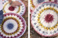 Flowering Frills Crochet Mat [FREE Crochet Pattern] | thecrochetfox.com