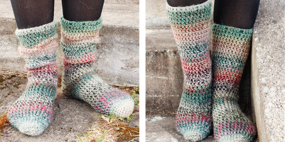Rainbow Racers Crochet Socks [FREE Crochet Pattern] | thecrochetfox.com