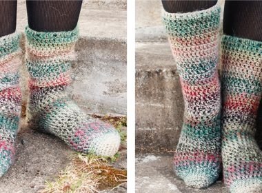 Rainbow Racers Crochet Socks [FREE Crochet Pattern] | thecrochetfox.com