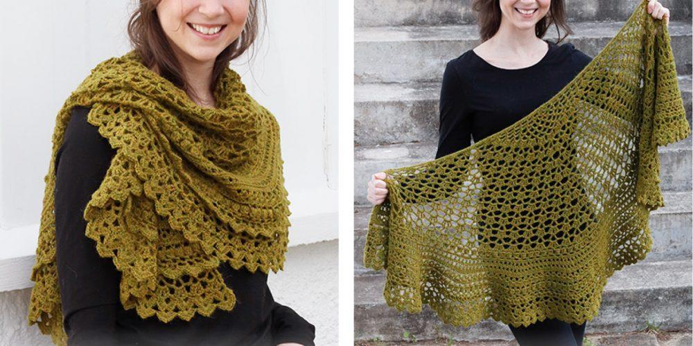Delightful Irish Crochet Shawl [FREE Crochet Pattern] | thecrochetfox.com