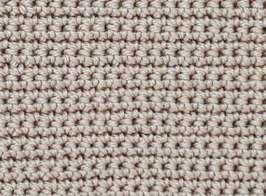 Single Crochet Stitch [FREE Crochet Stitch Pattern] | thecrochetfox.com